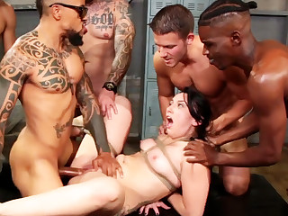 Brunette hard fucked  winning gym