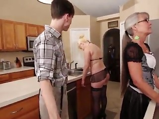 Mama and Stepsis Three-Way after requisite - Leilani Lei Fifi Foxx